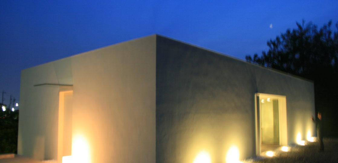 映えるライトアップの注文住宅